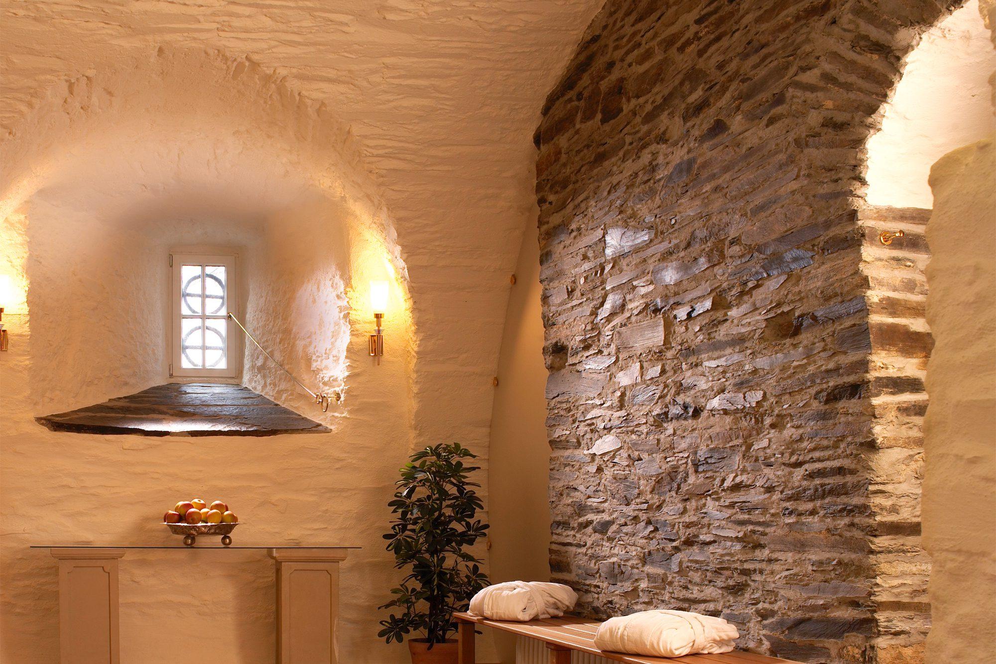 Einmal wie ein Ritter wohnen 1 • Burg Schnellenberg
