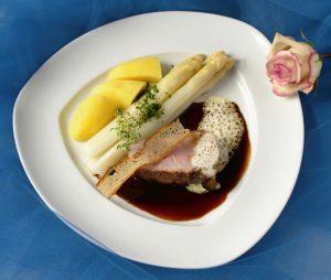 Restaurant - Burg Schnellenberg